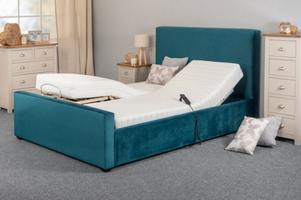 Ultra Dreamatic Adjustable bed